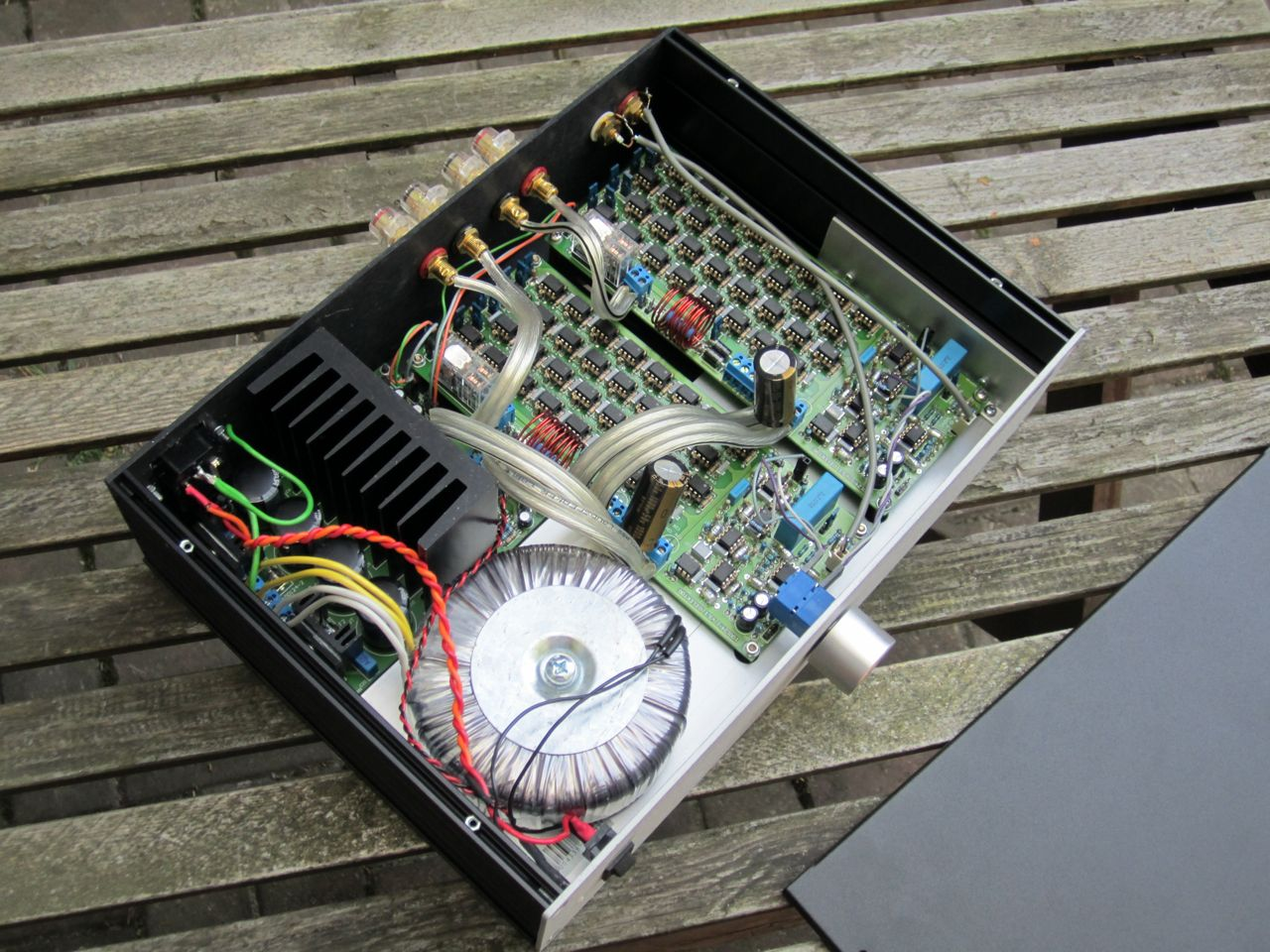 NE5532 power amplifier - diyAudio