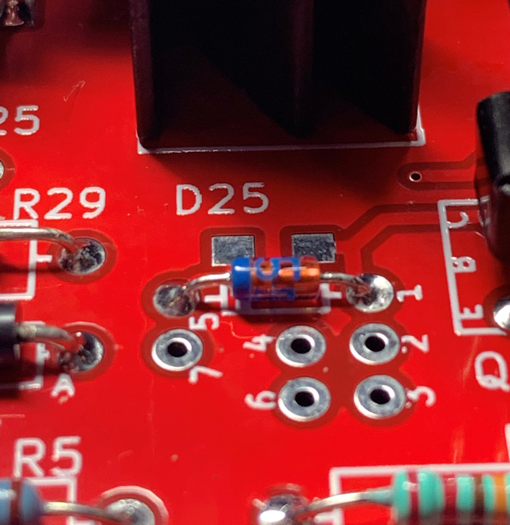 Single ended class-A headphone amp using two transistors: T2-detail_currentregdiode-jpg