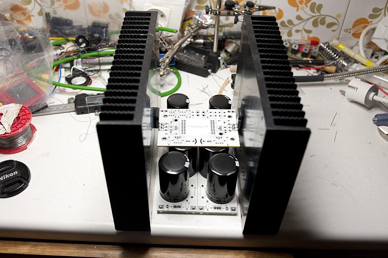 F6 Amplifier-dim_1598-jpg