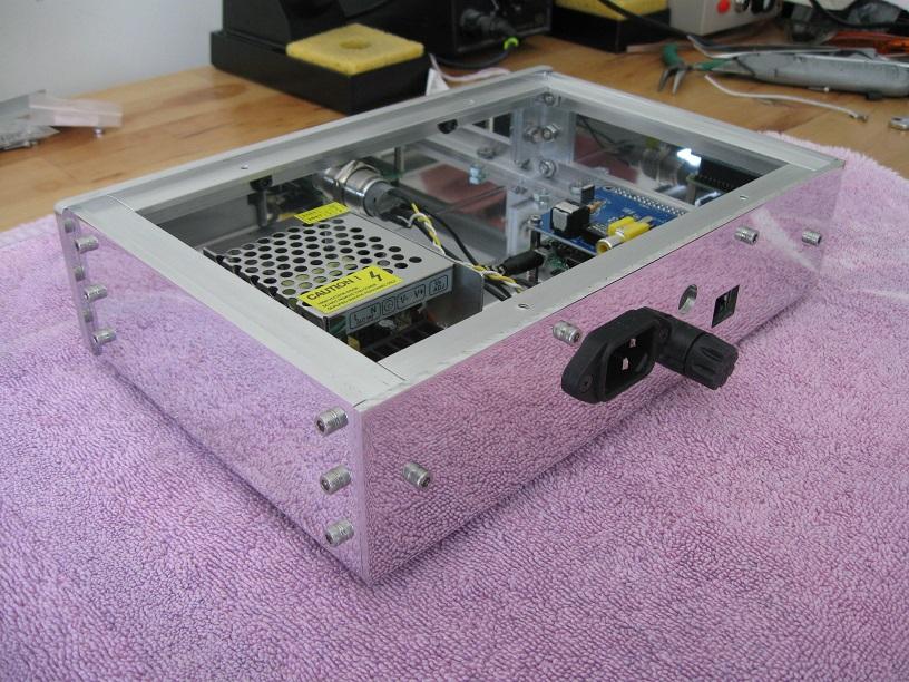 Custom built case for Raspberry Pi music streamer-rear_view-jpg