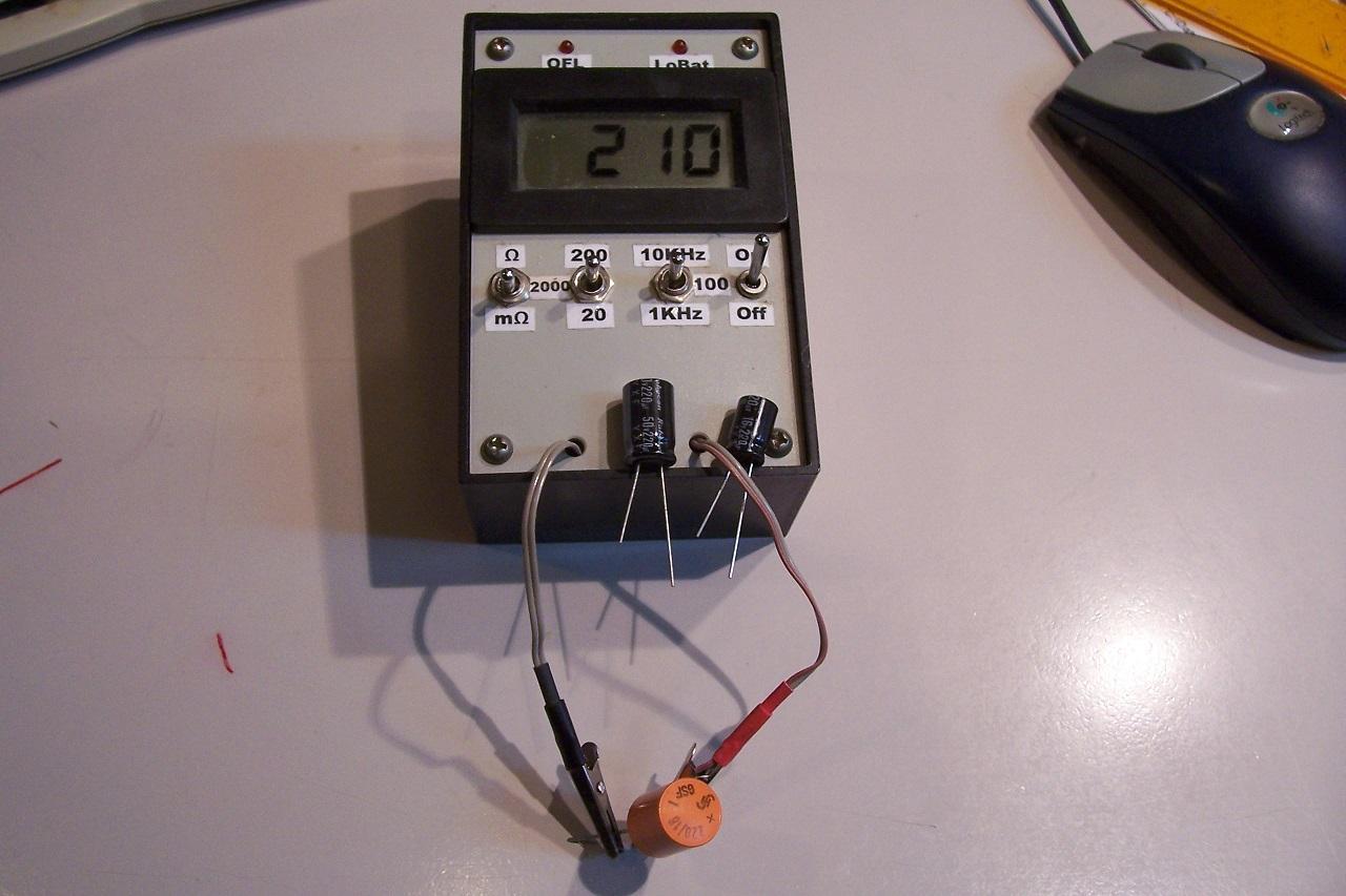 Datasheets for 70s/80s electrolytics? (for ripple values etc)-sie220u-jpg